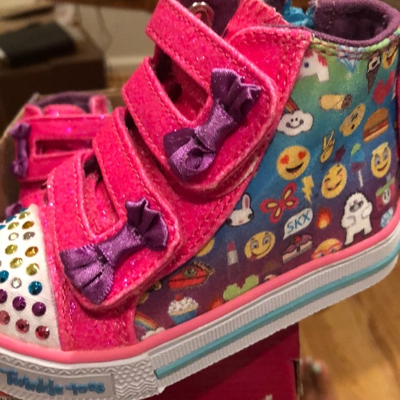 high top toes baby shoes